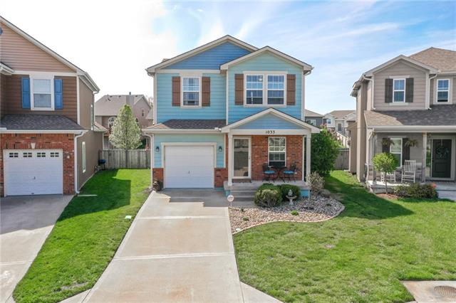 1033 SW ARBORWAY Circle Property Photo - Lee's Summit, MO real estate listing