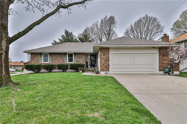 2736 Queen Ridge Drive Property Photo