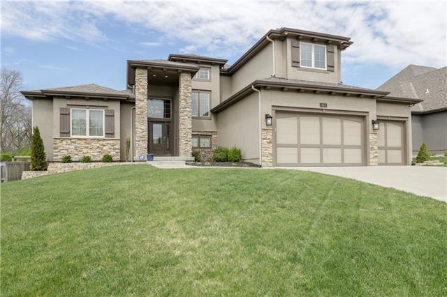 3204 NE 92nd Street Property Photo - Kansas City, MO real estate listing