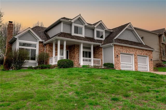 7816 N Revere Drive Property Photo - Kansas City, MO real estate listing