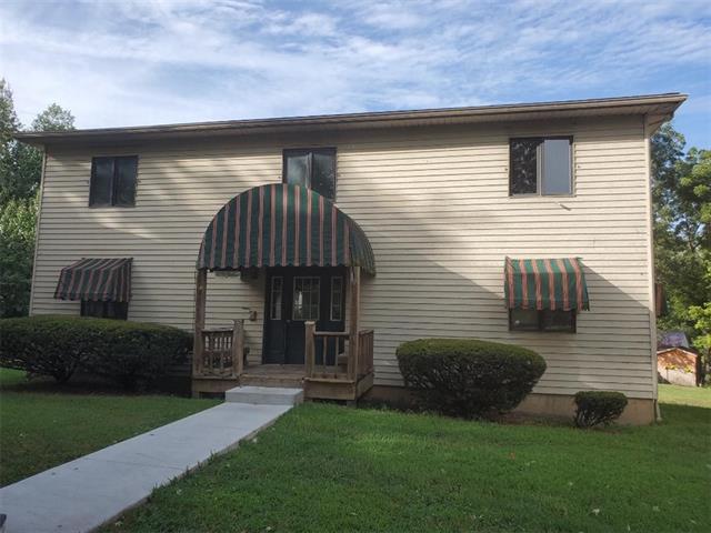 W 400-404 Jackson Street Property Photo