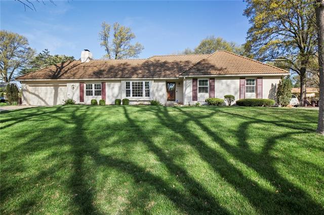6664 Milhaven Drive Property Photo - Mission, KS real estate listing