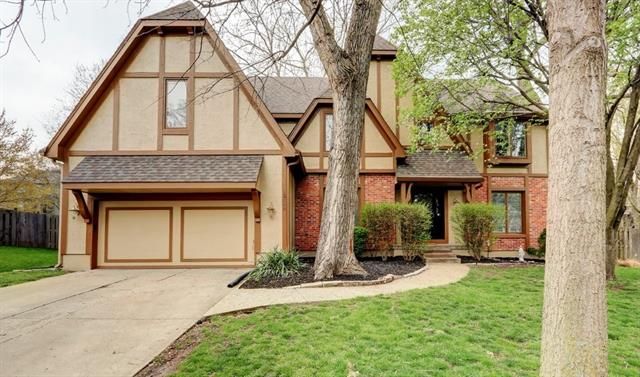 12846 LARSEN Street Property Photo - Overland Park, KS real estate listing