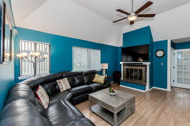 816 E 121st Terrace Property Photo - Kansas City, MO real estate listing