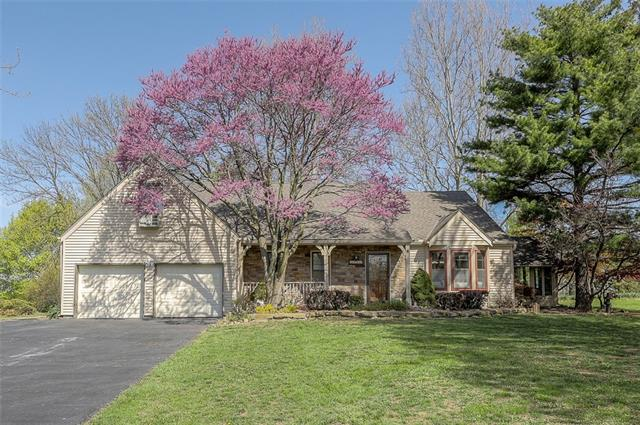 13200 NW 81st Street Property Photo - Parkville, MO real estate listing