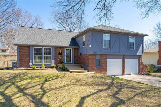 12805 Manchester Avenue Property Photo - Grandview, MO real estate listing