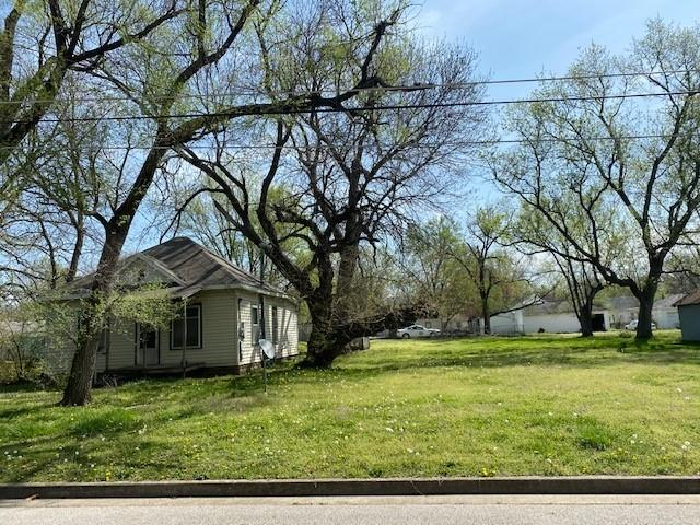 1022 N Adams Street Property Photo - Nevada, MO real estate listing