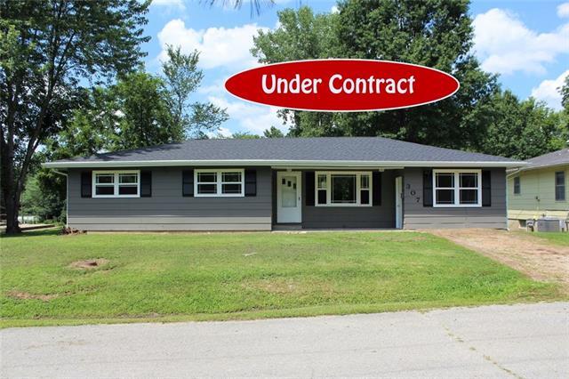 307 Ridge Street Property Photo - Sweet Springs, MO real estate listing