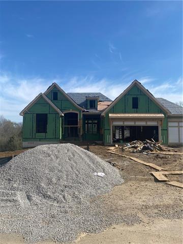 6005 NW 58th Street Property Photo - Kansas City, MO real estate listing