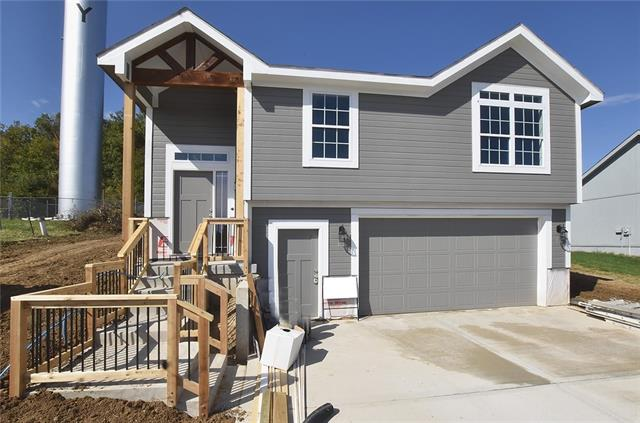 124 Roller Court Property Photo - Platte City, MO real estate listing