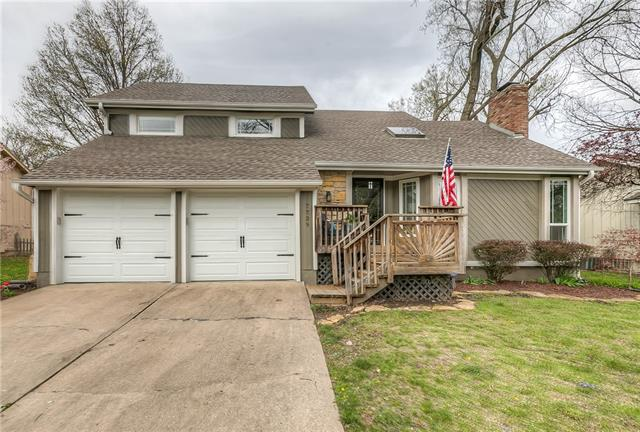 7739 Garnett Street Property Photo - Lenexa, KS real estate listing