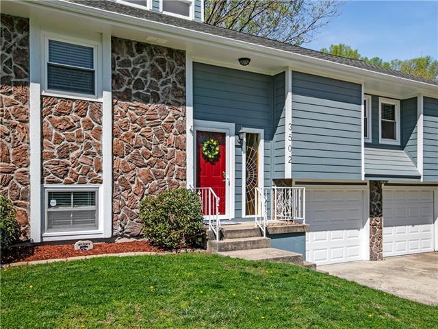 3502 NW Lake Drive Property Photo - Lee's Summit, MO real estate listing