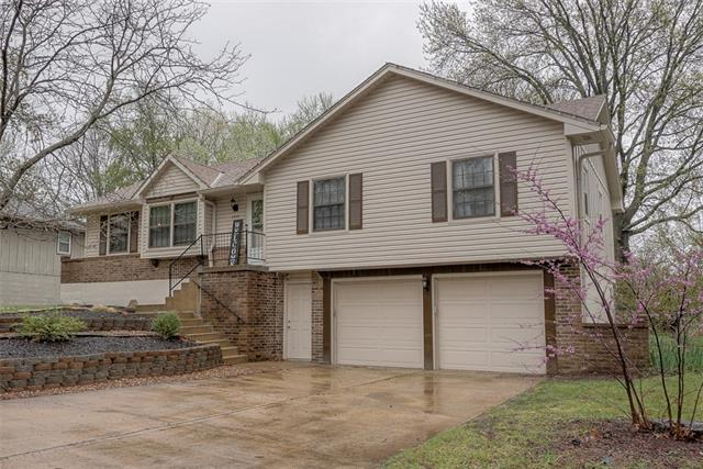 6209 Hallet Street Property Photo - Shawnee, KS real estate listing