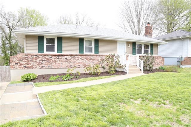 15304 E 48th Street Property Photo - Kansas City, MO real estate listing