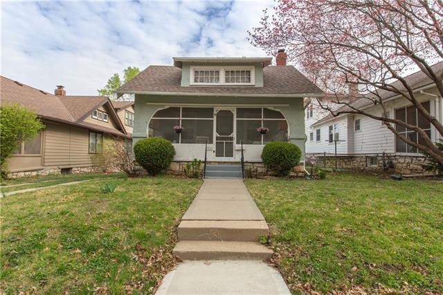 414 E 70th Street Property Photo - Kansas City, MO real estate listing