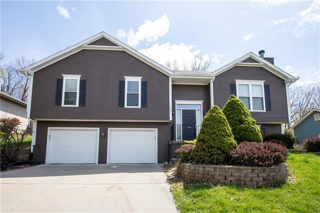 1207 NW 70th Street Property Photo - Kansas City, MO real estate listing