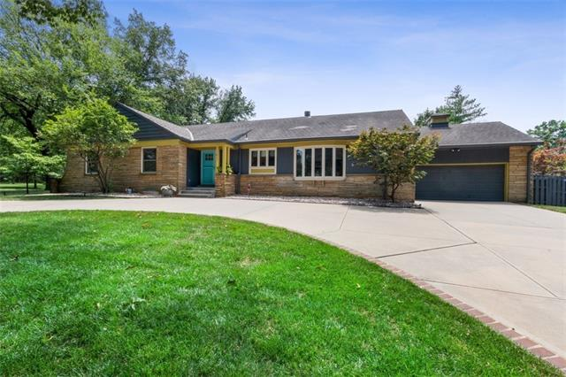 1201 W 67th Street Property Photo - Kansas City, MO real estate listing