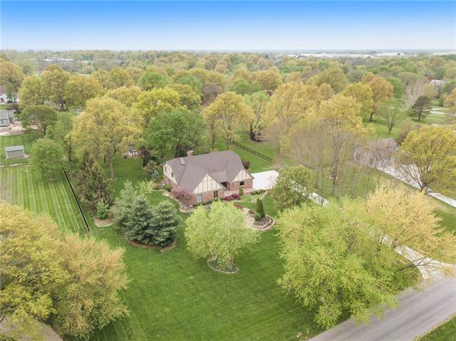 11903 W 148th Street Property Photo - Olathe, KS real estate listing