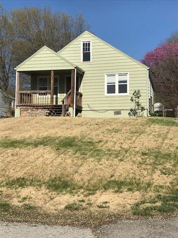 3929 N Spruce Avenue Property Photo - Kansas City, MO real estate listing