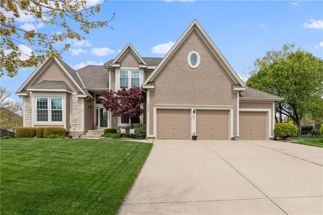 13908 Parkhill Lane Property Photo - Overland Park, KS real estate listing