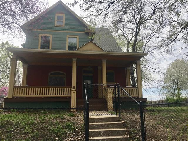 2912 Charlotte Street Property Photo - Kansas City, MO real estate listing