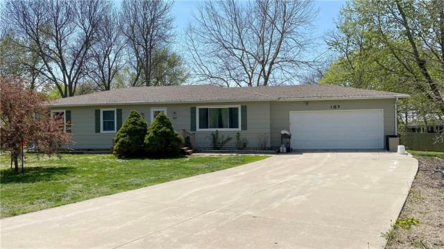 107 Santa Fe Drive Property Photo - Baldwin City, KS real estate listing