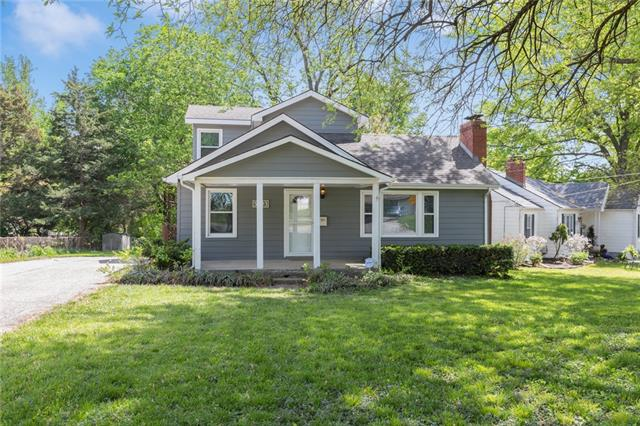 3923 W 48th Street Property Photo - Roeland Park, KS real estate listing