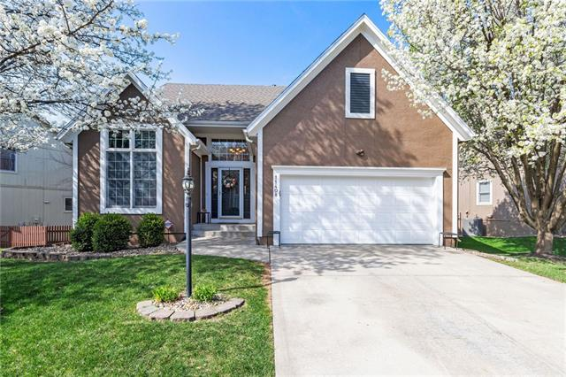 11408 King Lane Property Photo - Overland Park, KS real estate listing