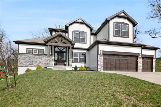 1303 Timber Ridge Drive Property Photo - Liberty, MO real estate listing