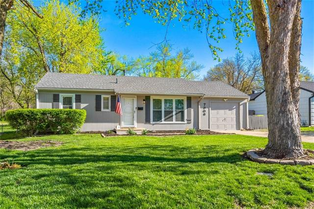7906 W 80TH Street Property Photo - Overland Park, KS real estate listing