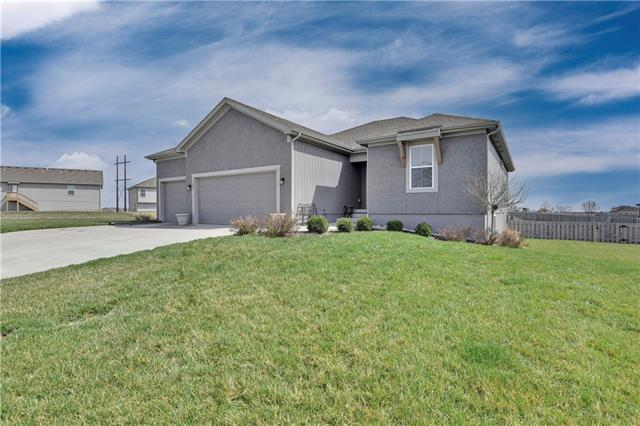 709 Andy Court Property Photo - Belton, MO real estate listing