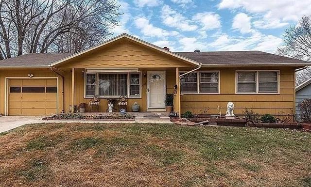 8004 E 89 Terrace Property Photo - Kansas City, MO real estate listing