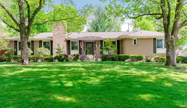 5625 Mission Road Property Photo - Fairway, KS real estate listing