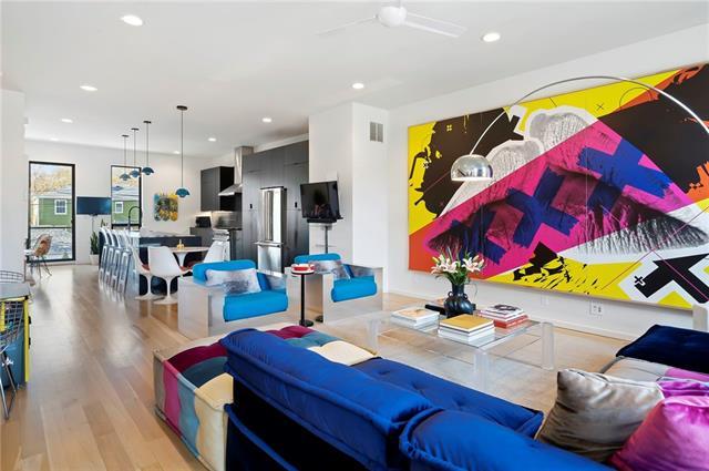 415 E 63rd Street Property Photo - Kansas City, MO real estate listing
