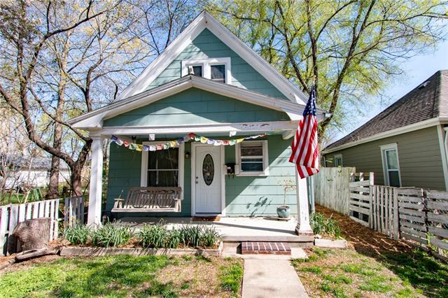 427 Elm Street Property Photo - Lawrence, KS real estate listing