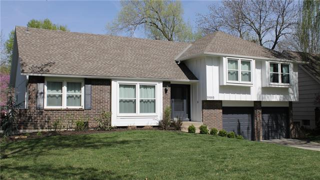 10005 CONNELL Drive Property Photo - Overland Park, KS real estate listing