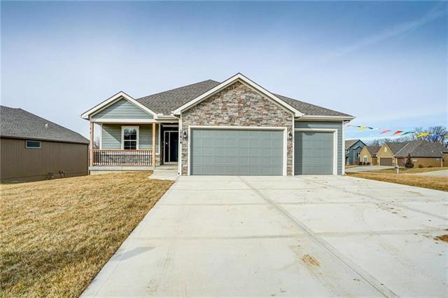12327 N Woodbine Avenue Property Photo - Platte City, MO real estate listing
