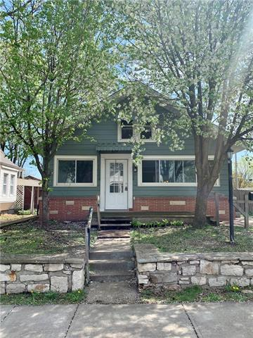 829 S ASH Avenue Property Photo - Independence, MO real estate listing