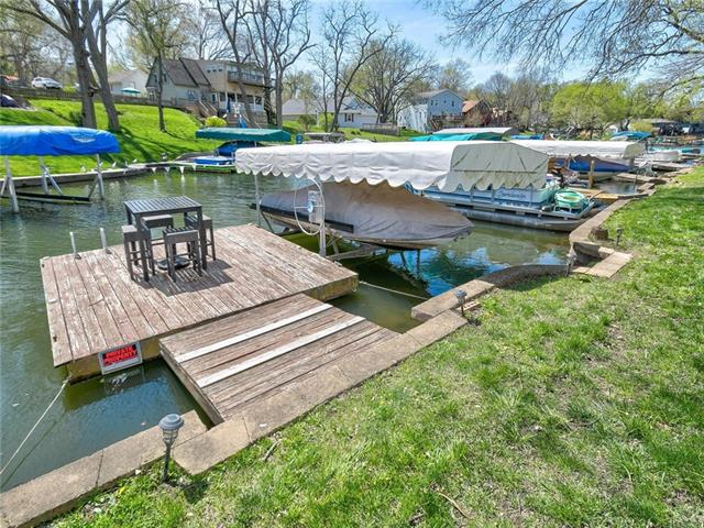 56 Beach Drive Property Photo - Lake Tapawingo, MO real estate listing