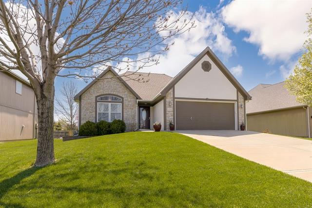 13713 Jana Lei Avenue Property Photo - Bonner Springs, KS real estate listing