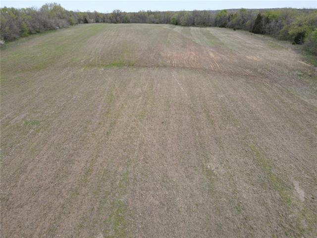 1440 rd Road Property Photo - Stockton, MO real estate listing