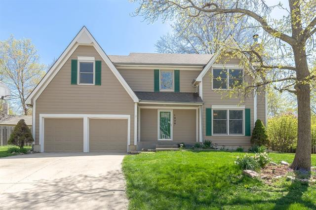 1006 N Mahaffie Street Property Photo - Olathe, KS real estate listing