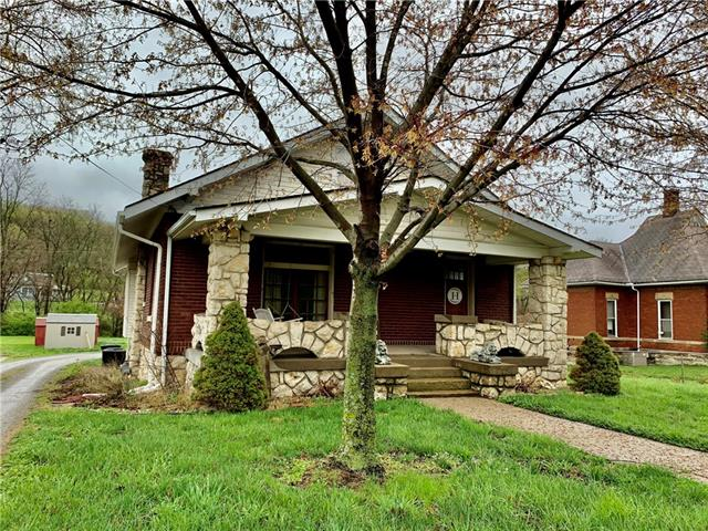 4207 Saint Joseph Avenue Property Photo - St Joseph, MO real estate listing
