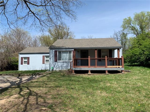 8700 E 61st Street Property Photo - Kansas City, MO real estate listing