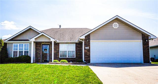 734 Iron Horse Drive Property Photo - Warrensburg, MO real estate listing