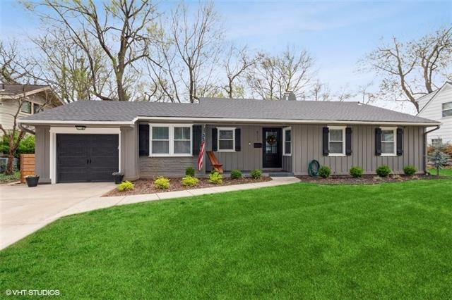 4717 W 65th Terrace Property Photo - Prairie Village, KS real estate listing