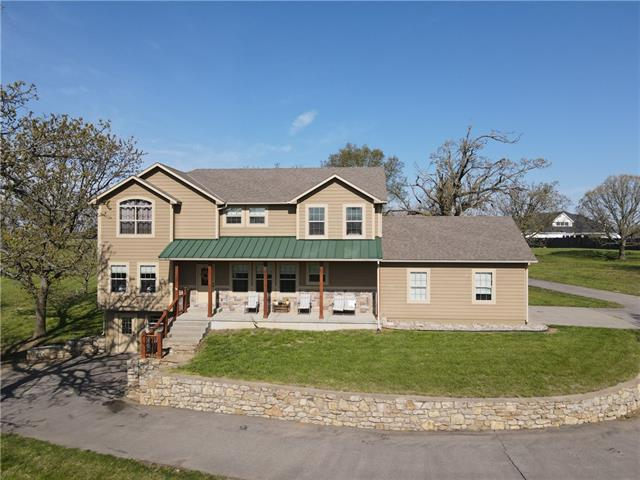 25330 Conley Road Property Photo - Tonganoxie, KS real estate listing