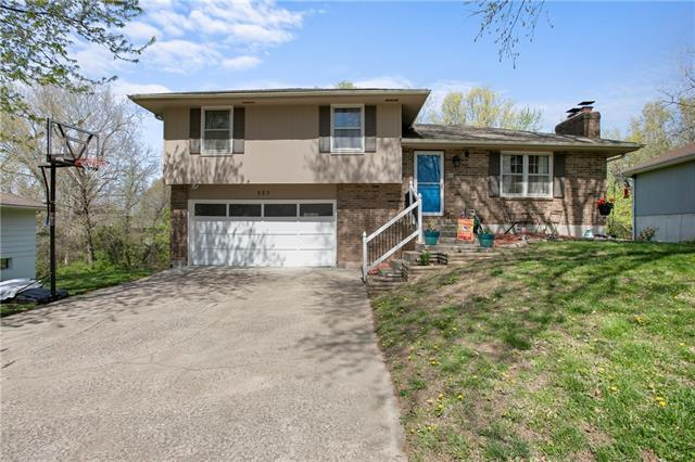 323 Jones Avenue Property Photo - Warrensburg, MO real estate listing