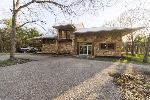 7992 W 391st Street Property Photo - Lacygne, KS real estate listing