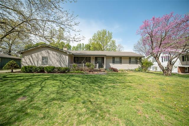 315 N Spruce Street Property Photo - Garnett, KS real estate listing